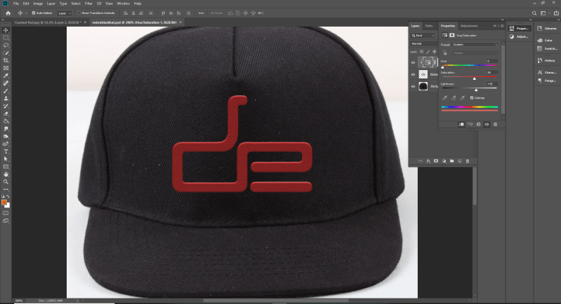 A screen shot of a hat with the DE logo on it for Photoshop Level 2