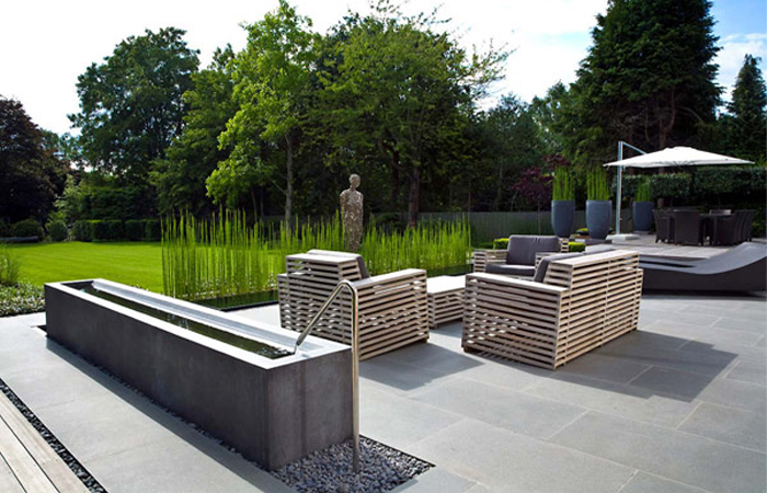 Landscape Design Ideas: Modern Garden Water Features ... on Modern Backyard Water Feature id=43305