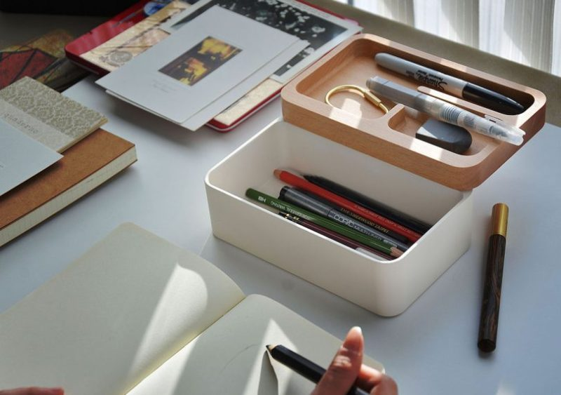 mordeco Revov Magnetic Tray Box with pencils and art supplies inside