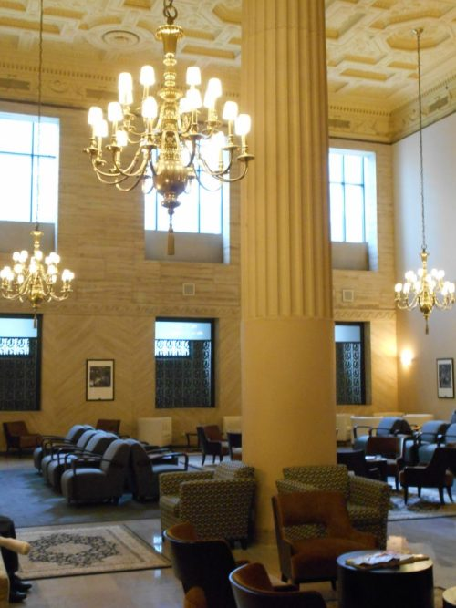 Restored elegance: the new Legacy Club for train passengers in one corner of the Great Hall.
