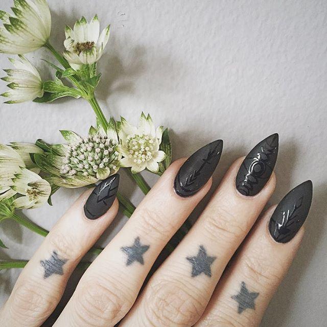 AstroWifey Nails It