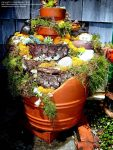Broken Garden Pots Design (1)