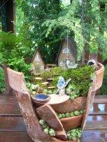 Broken Garden Pots Design (3)