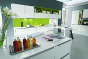 Plain and Colorful Top Trends of Kitchen Design