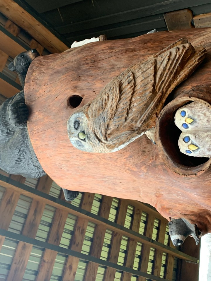 woodland creatures chainsaw carvings