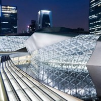 Architecture: Zaha Hadid: Chinese Gem That Elevates Its Setting by Nicolai Ouroussoff