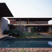 * Residential Architecture: Utsav House by Studio Mumbai