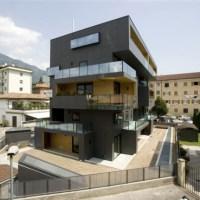 * Residential Architecture: Villa Urbana Domus Radicalis by Metrogramma