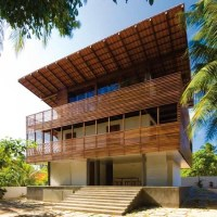 * Residential Architecture: Casa Tropical by Camarim Architects