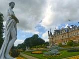waddesdon-manor-statue1