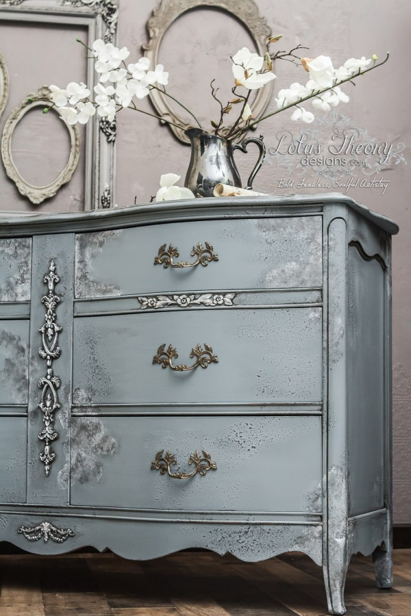 How to update furniture with paint, the easy way! Refinishing outdated furniture can be easy with Velvet Finishes. See our tutorials.