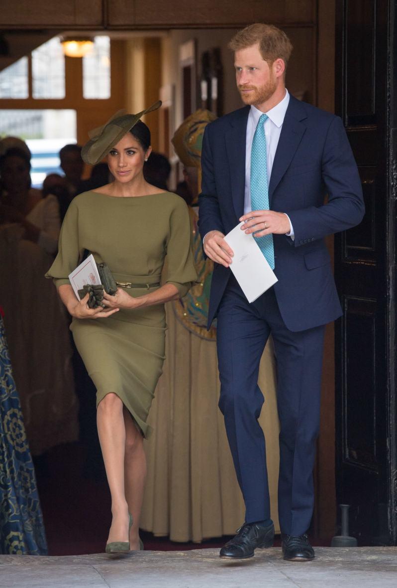 pět nejlepších královských outfitů meghan markle (4)