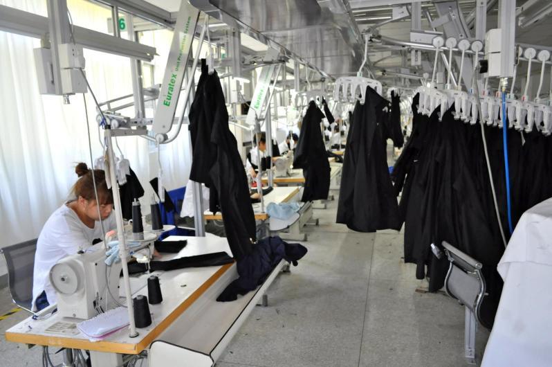 továrna na oblečení čína (1)