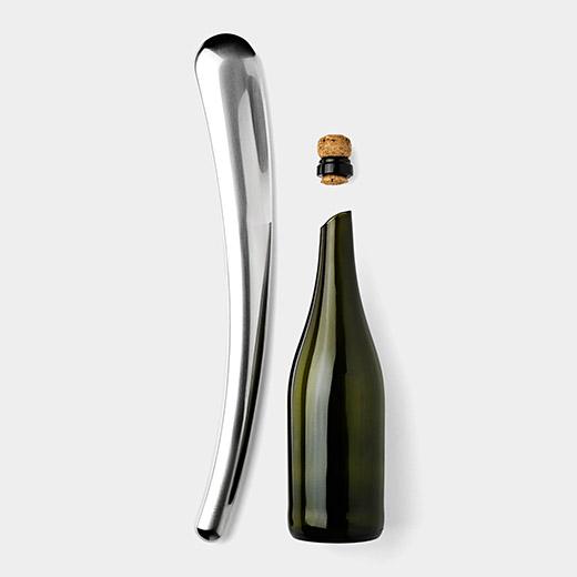 110388_A2_Champagne_Sabre