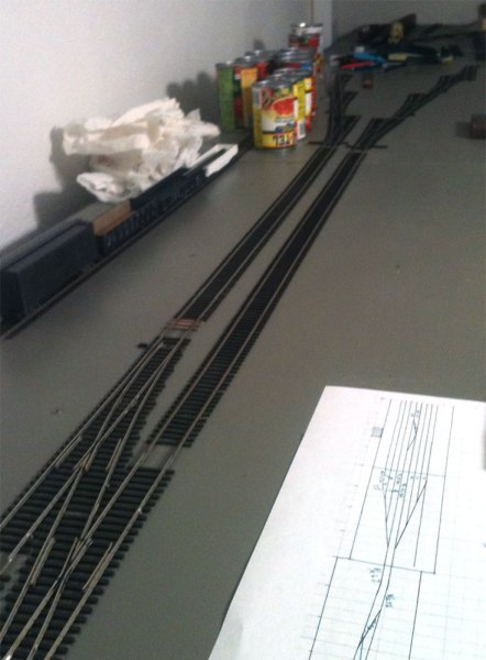 Two tracks installed, from left.
