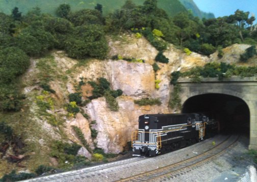 FMs at tunnel