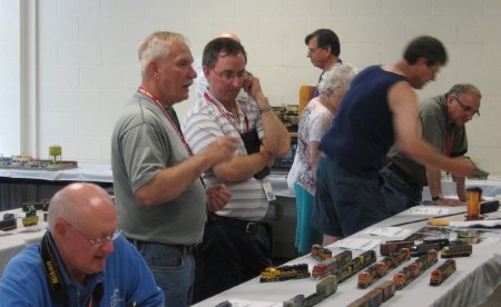 Discussions underway at the Northeastern RPM event a couple of years ago.