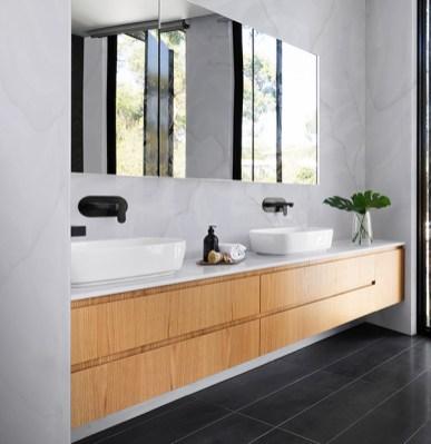 Staron-Supreme-Rotor-Cloud-Bathroom