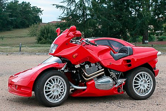 Snaefell motorcycle sidecar combines biking in car luxury