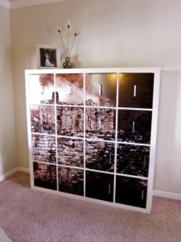 47 inspiring Ikea hacks including Ikea kallax, expedit, hemnes, billy, besta, ivar nordlii, vissjo, Marius, lack, sektion, lack, duktig, factum, trofast. Includes build-ins, stencils, wallpaper, paint. Furniture hacks includes coffee tables, bookcases, mirrors, stools, dressers, chests, desks, closets Hack sales include mid century modern, bar, console, tv cabinet, desks, lockers, mudroom, lighting, pantry, retro, overlays, charging stations, pet hacks for cats, dogs and hamsters! Something for everyone!