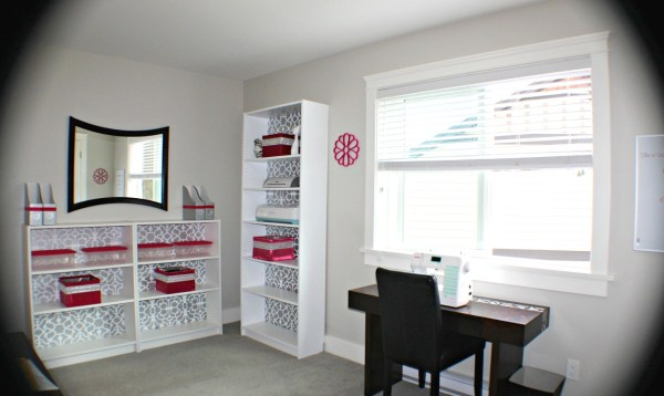 Here are some DIY craft room storage solutions you can do easily and cheaply. I did these as part of the $100 Room Challenge and my craft room make over.