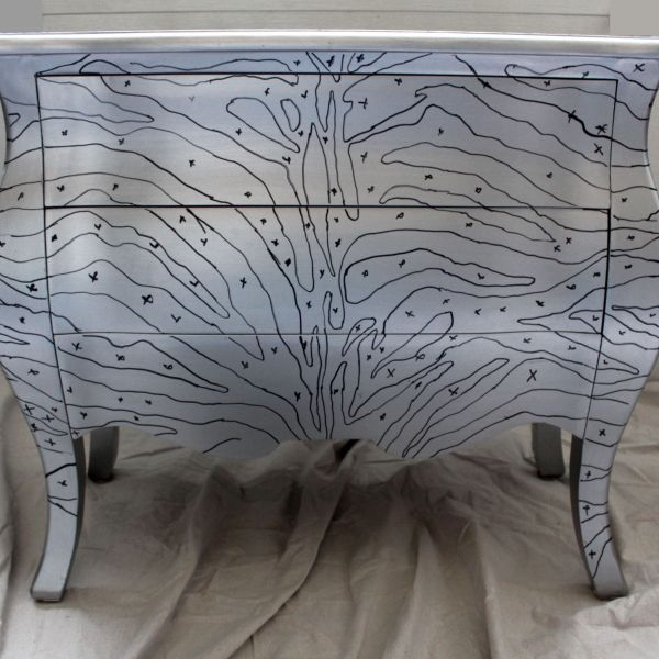 Furniture Makeover – Upcycled Bombay Chest