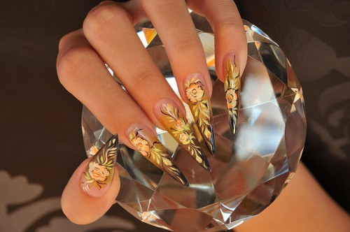 Annie Jaffrey Rose Gold Nail Art View Images