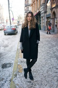 carolines-mode-androgynous-look-coat-from-Miu-Miu-boots-from-Balenciaga-leather-leggings-from-Helmut-Lang-cashmere-sweater-HM-e1360103220985