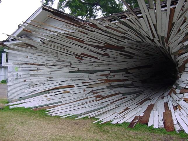 Hole House, Texas