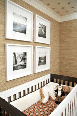 Papel de parede em quarto de bebê