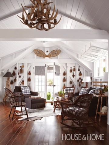Classic Muskoka style - traditional Canadian decor - cottage