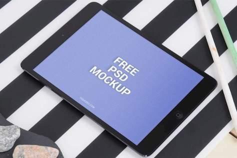 free-ipad-mockup-tablet-psd-1000x668
