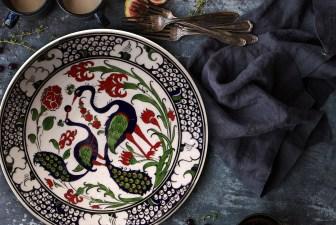3013-hand-painted-iznik-plate-lifestyle