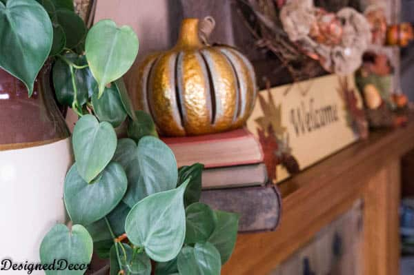 Decorations for the Fall Mantel