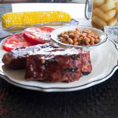 Barbecue Ribs with Dry Rub and Homemade Sauce!