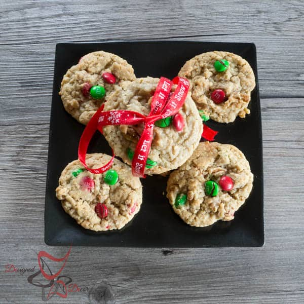 Holiday Oatmeal Cookies with M&M's