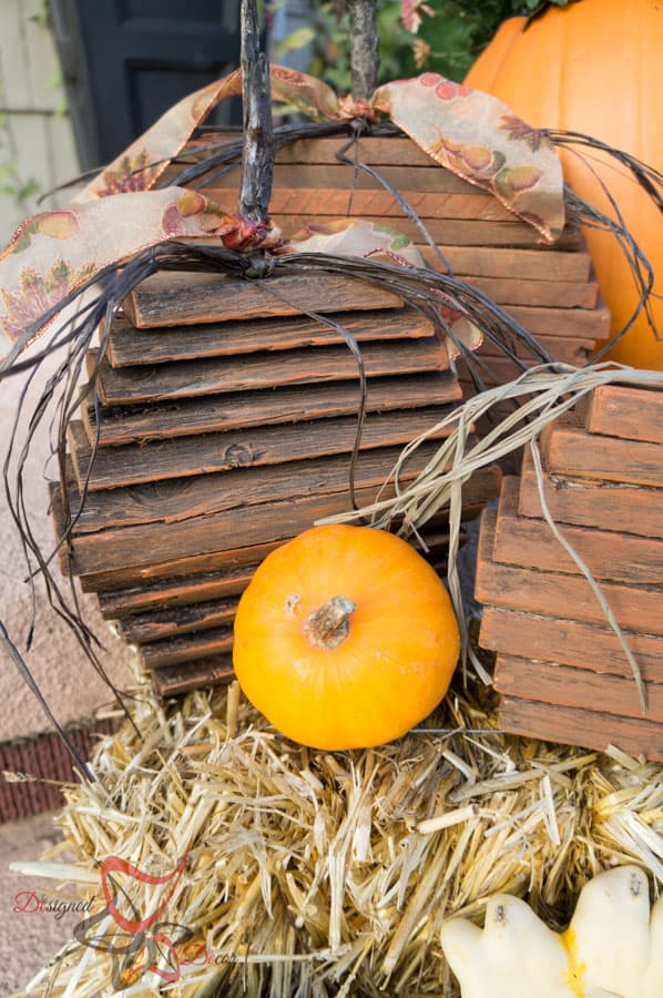 Repurposed Wood- Pallet Pumpkins