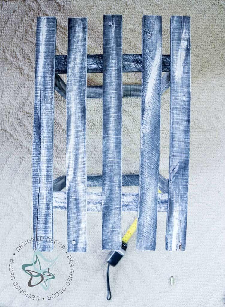 Pallet Hanging Light- Outside Slates- Photo 6