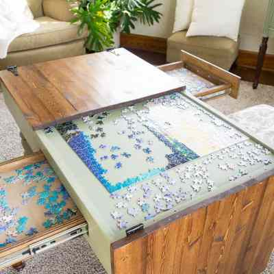 DIY jigsaw puzzle table with open top