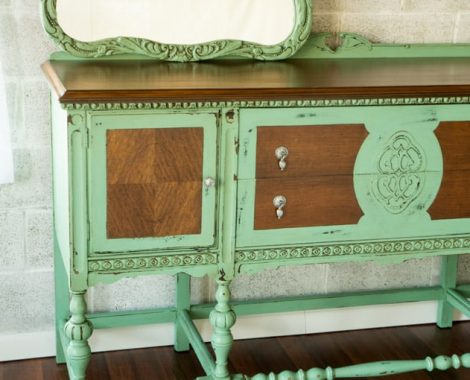 Chippy-Classy-Buffet-painted-furniture-8
