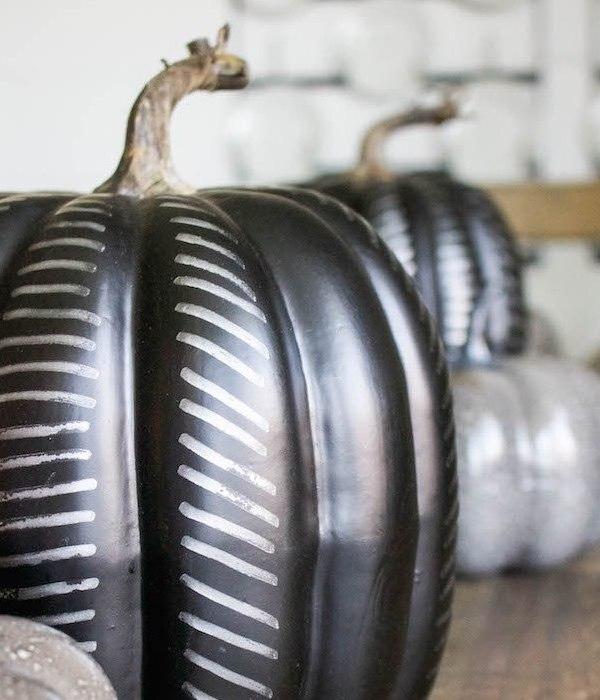 DIY Modern Black Pumpkin Craft