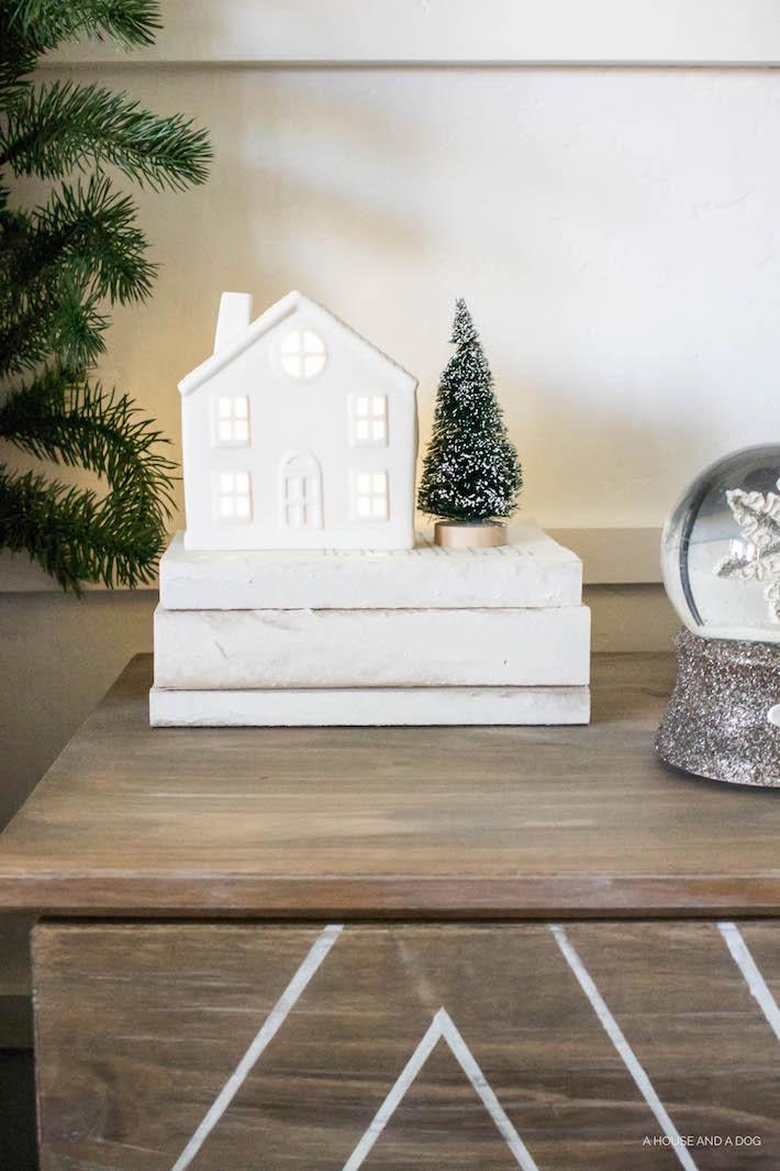Decorating with Books & My Top Fav Home Decor Books | designedsimple.com