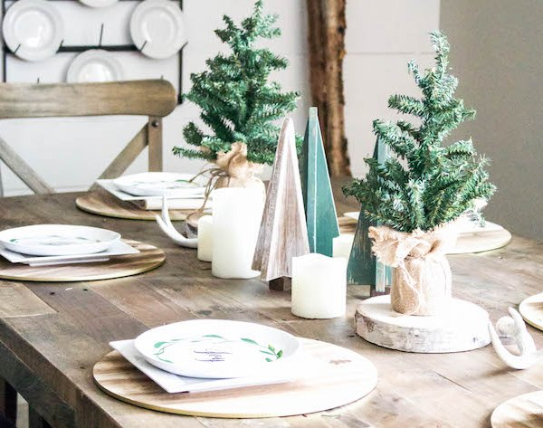 A Very Farmhouse Christmas Home Tour - Rustic Dining Tablescape | designedsimple.com