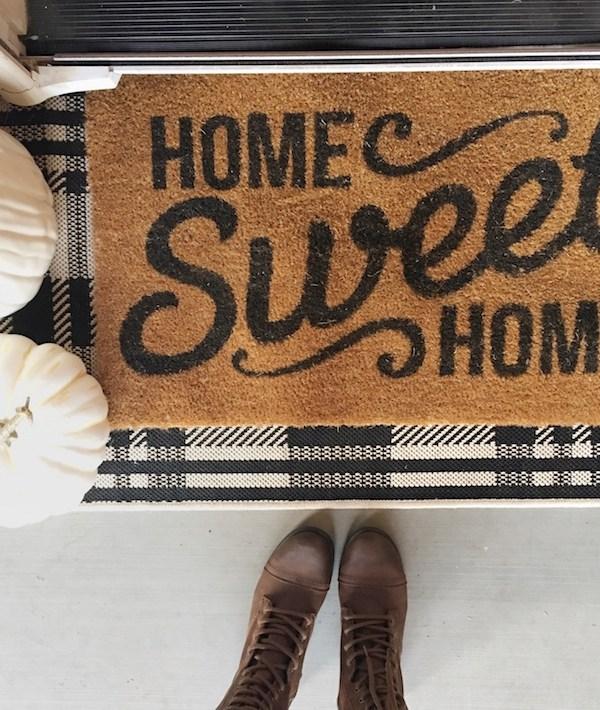 15 Favorite Fall + Halloween Doormats