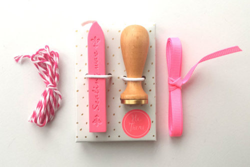 15 Gifts for the Crafter | Gift Guide | designedsimple.com