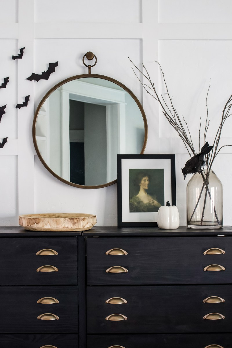 Simple and easy Halloween decorations! Using items I already had and some free art, I created a simple and spooky entryway. | Designed Simple | designedsimple.com