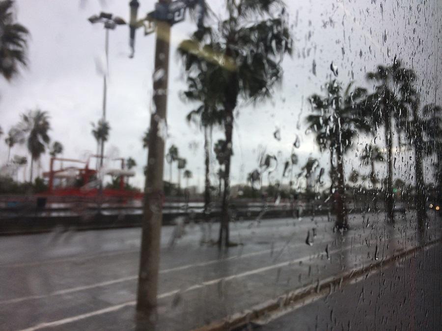 Cum să te bucuri de o zi ploioasă în vacanţă
