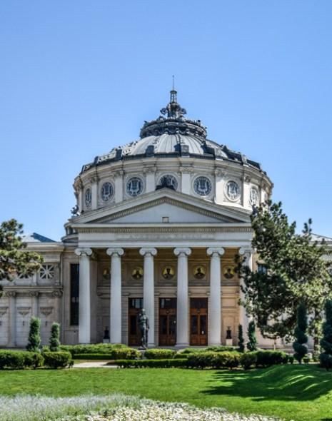 La pas pe Calea Victoriei - obiective în București - Ateneul Român