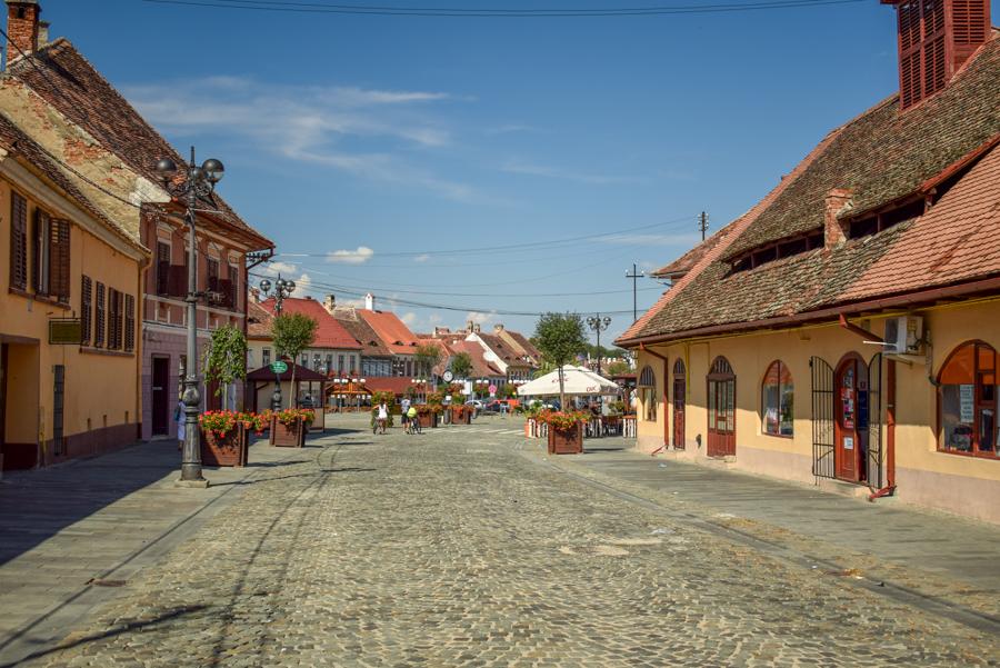 Cisnădie - Biserici Fortificate din zona Sibiu