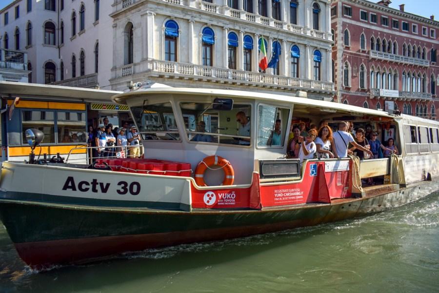 Vaporetto din Veneția